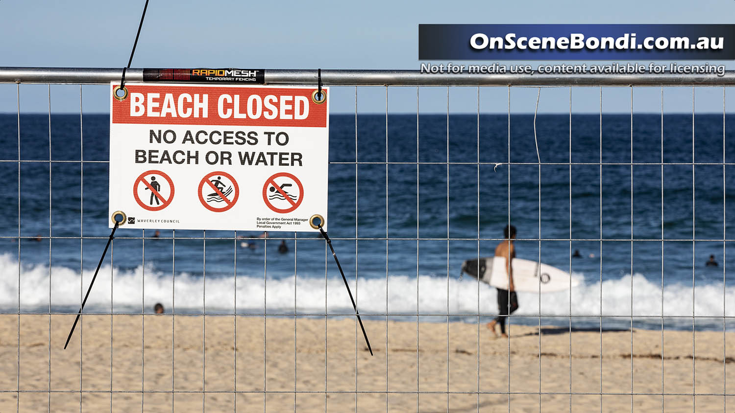 20200418 bronte beach closure5