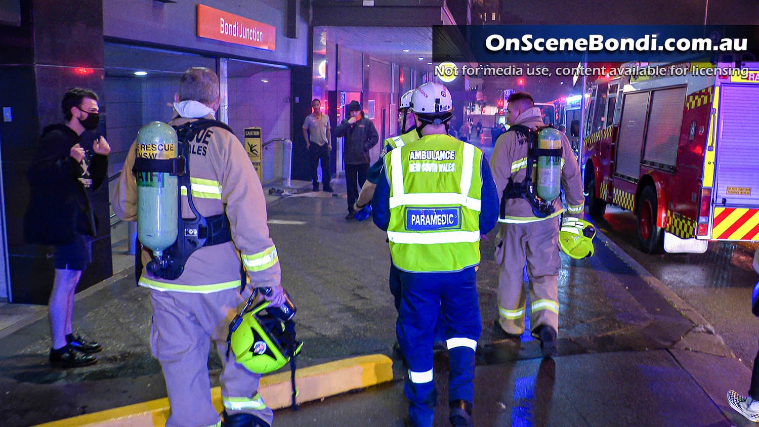 Fire shuts down Bondi Junction train station