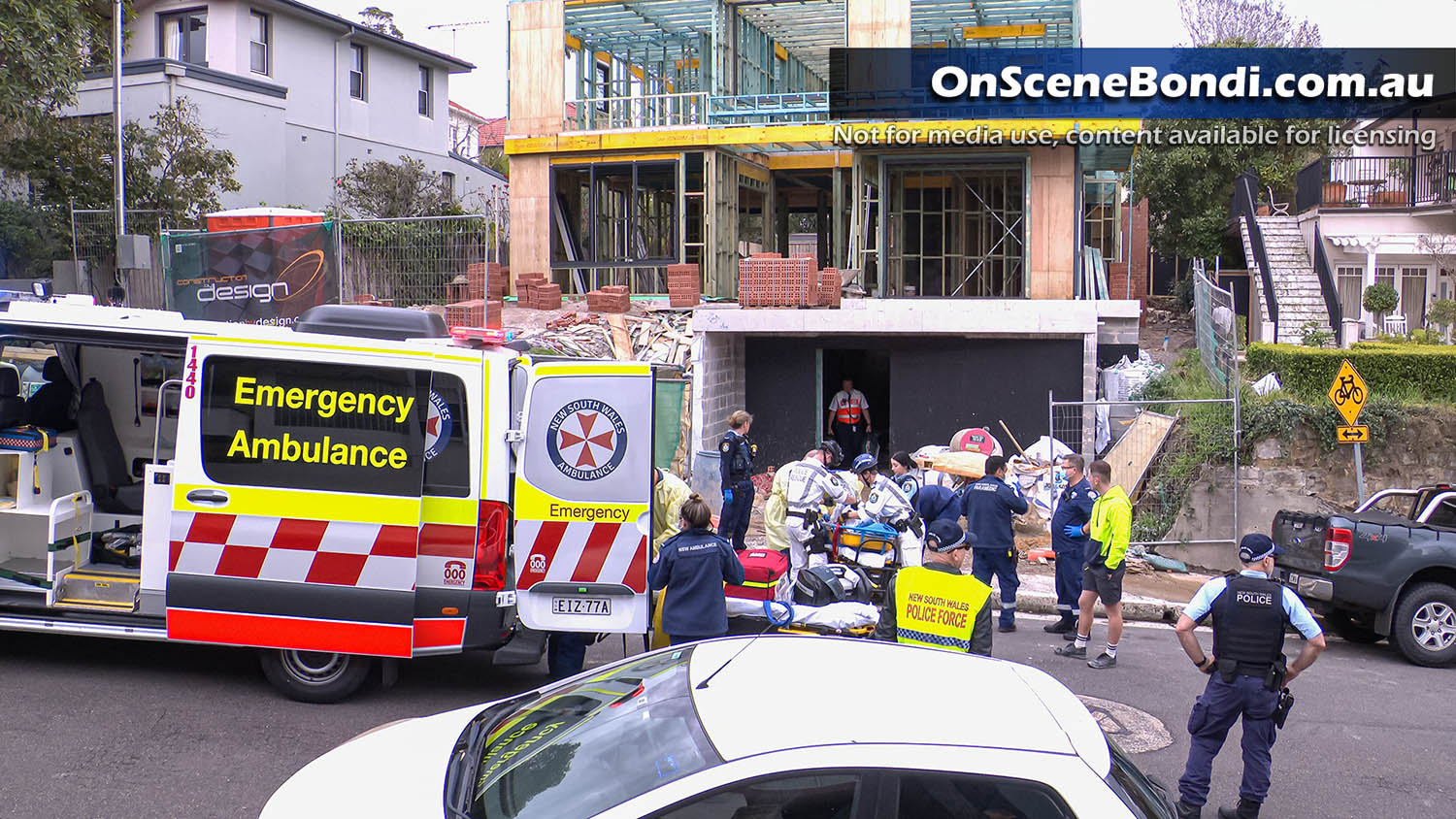 Builder in serious condition after construction site fall in Bellevue Hill